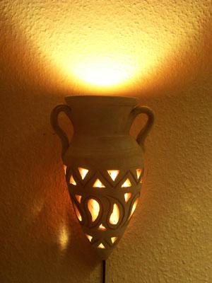 Marokkanische wandlampe amphore aus terrakotta for Marokkanische wandlampe